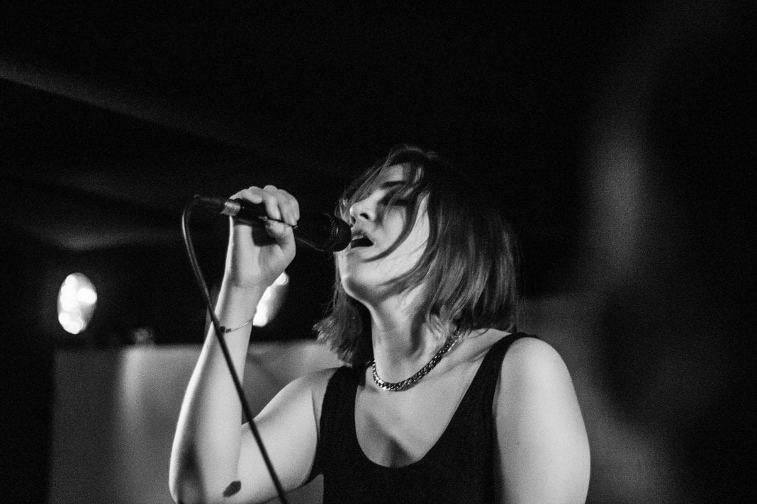 Estrons // Live Review & Photoset - BRISTOL IN STEREO